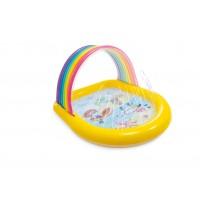 Regenboog zwembad met watersproeiers